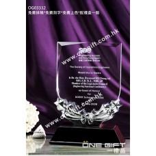 OG03332 木底座盾形水晶獎座