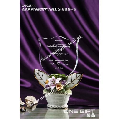 OG03344 白色玫瑰花紋陶瓷盤栽水晶座