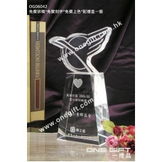 OG06042 全透明鳥形水晶座