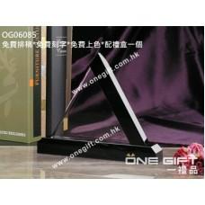 OG06085 三角形水晶配黑水晶底座