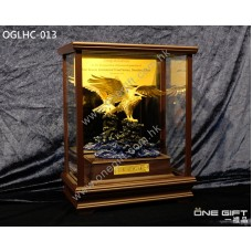 "OGLHC-013 ""大展鴻圖"" 飛鷹座枱金箔擺設"